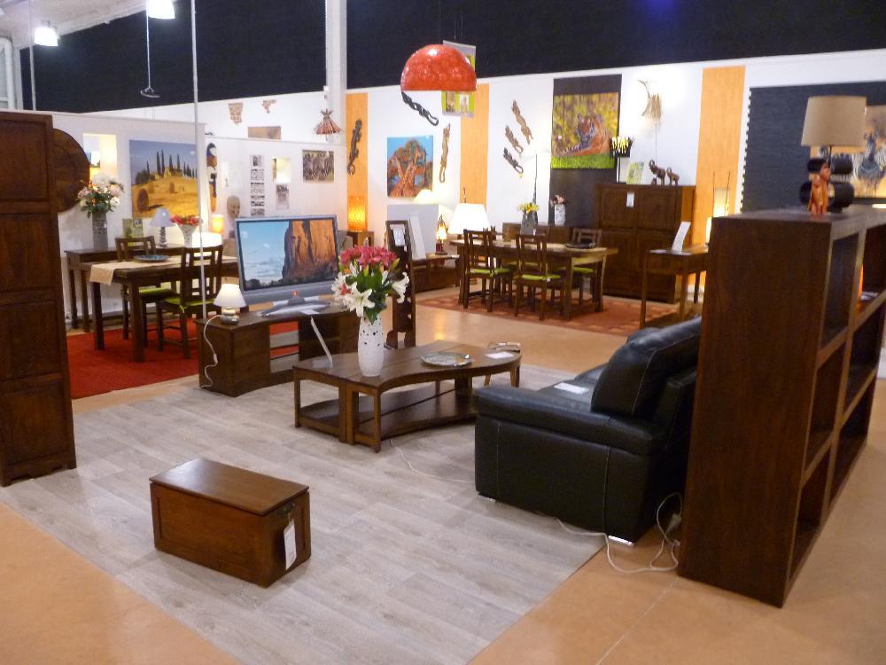 Vente aux ench res stock neuf de mobilier et decoration for Mobilier liquidation